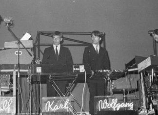 "Flautas, eletronices e 40 minutos de ""Autobahn"": Kraftwerk em 1975"