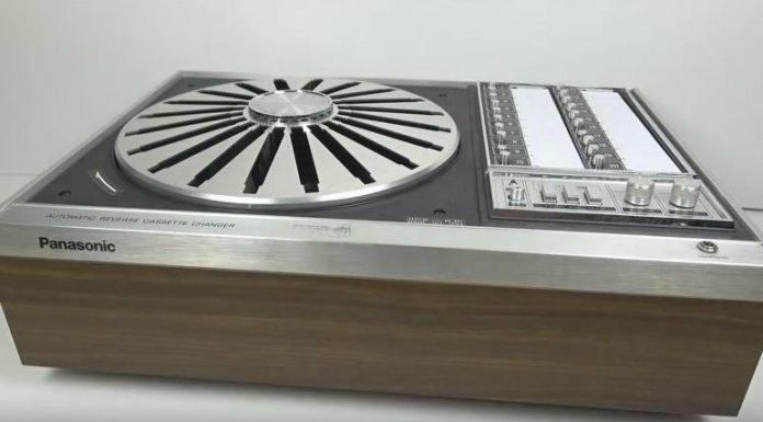 Um tape-deck que tocava VINTE FITAS CASSETTE EM 1972 (!)