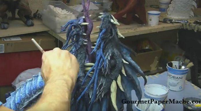 Um cara faz dragões inacreditáveis usando jornal e papel machê