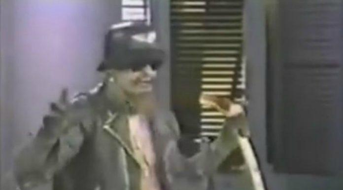 G.G. Allin apavorando geral num talk show norte-americano
