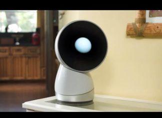 """Jibo: uma das melhores invenções de 2017, diz a """"Time"""""""