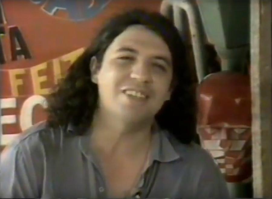 Bussunda apresentando programa na TVE em 1988