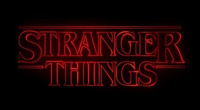 O tema de Stranger Things ao vivo