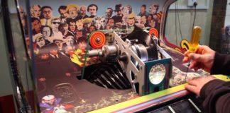 """Fizeram uma jukebox comemorativa de 50 anos de """"Sgt. Pepper's"""", dos Beatles"""