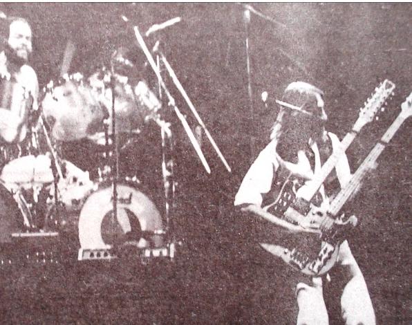 Jogaram no YouTube um Super-8 do Genesis em Porto Alegre, em 1977