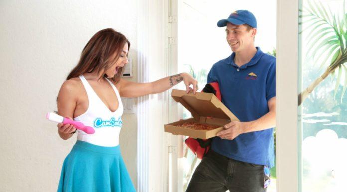 RubGrub: um vibrador que, depois de ser usado, pede uma pizza pra você