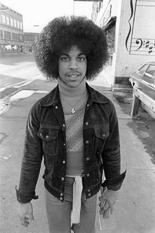 "Prince entrevistado na TV aos 19 anos: ""sim"", ""é"", ""talvez"""