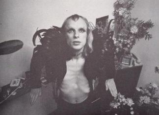 Brian Eno peladão