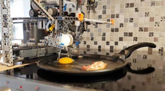 Fizeram uma máquina de café da manhã da Lego