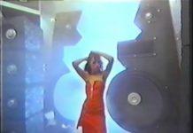 Slade fazendo propaganda de loja de roupas new-wave em 1984