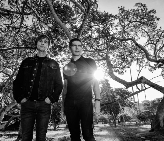 """Entrevista: Dado Villa-Lobos e Marcelo Bonfá e a turnê de """"Dois"""" e """"Que país é este"""""""