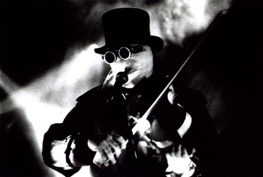 Nash The Slash: rock eletrônico malucão