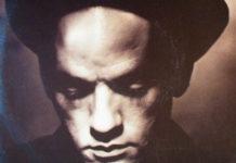R.E.M. esclarece Losing My Religion em entrevista na TV
