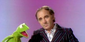 Aquela vez em que Charles Aznavour ensinou Caco, o Sapo, a seduzir mulheres