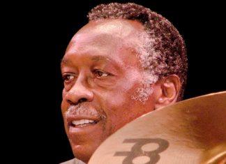 """1.364 (!) músicas com a batida de """"Funky drummer"""", de James Brown"""
