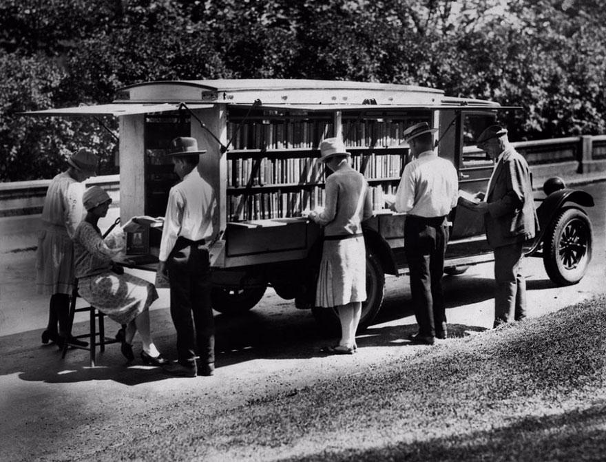 Livrarias móveis: sim, isso já existiu - confira fotos