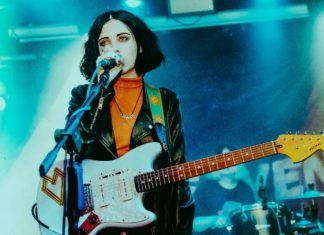"Aumenta o som! - Pale Waves, ""There's a honey"""
