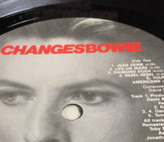 """Isolaram os vocais de David Bowie - e você nunca mais vai ouvir """"Space oddity"""" do mesmo jeito"""