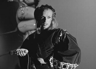 Brian Eno num clipe raro de 1974