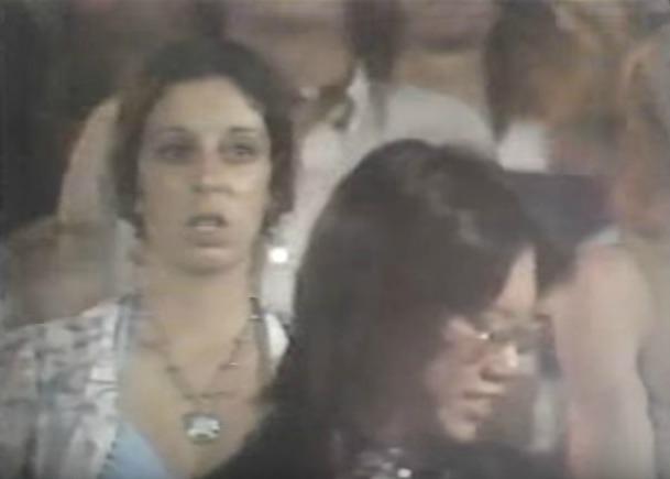Sparks ao vivo e causando estranhamento em 1974