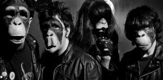 Macacos tocando Ramones: com vocês, The Ramonos