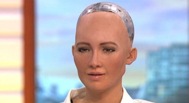 Mulher-robô conta piada em programa de TV