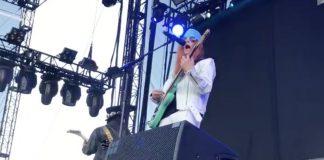Weezer homenageia-zoa o Guns N Roses em show