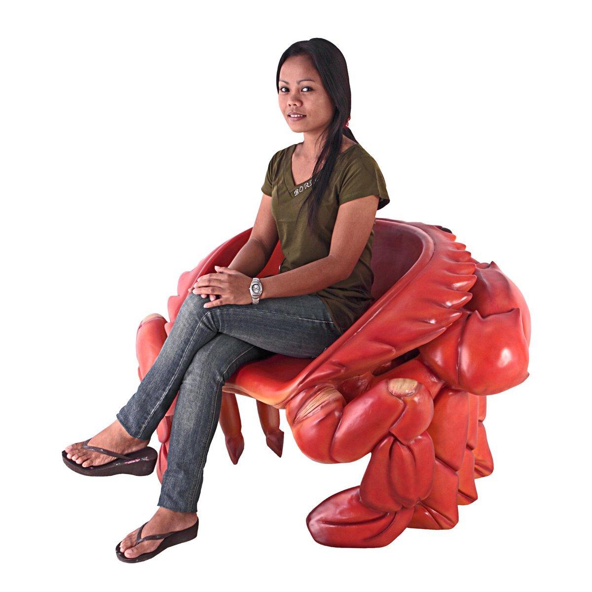 Tá a fim de comprar uma cadeira em forma de caranguejo?