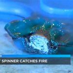 Duas mães avisam que os spinners de seus filhos... explodiram!