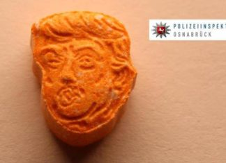 Ecstasy laranja com a cara do Trump