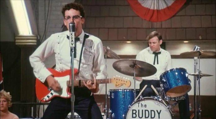 "Jogaram ""The story of Buddy Holly"" no YouTube"