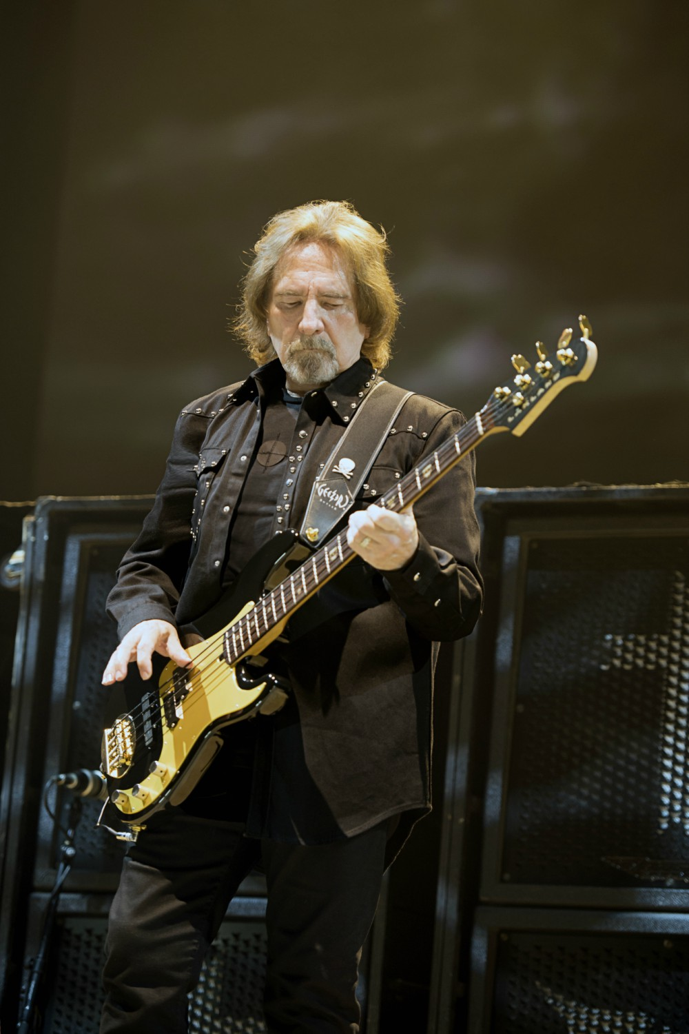 Batemos um papo com Geezer Butler, do Black Sabbath