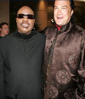 Steven Seagal e Stevie Wonder