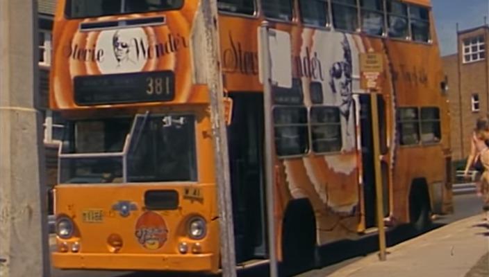 "Um ônibus para ""Songs in the key of life"", de Stevie Wonder"