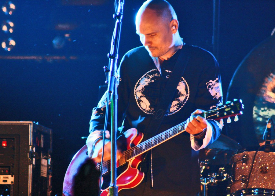 Billy Corgan lança Ogilala