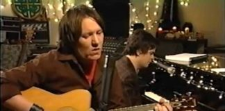 Madonna homenageia Elliott Smith