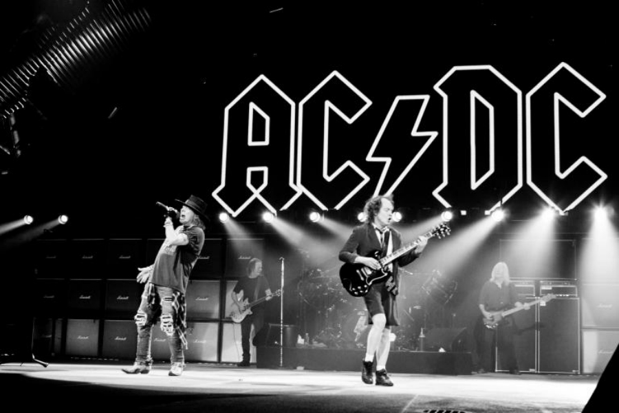 Podcast: AC/DC, Patti Smith e Madonnatron no INVISÍVEL