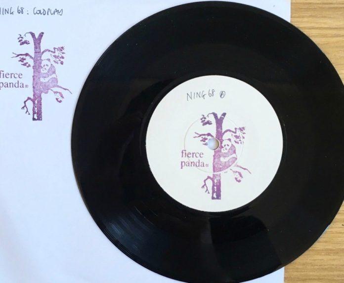 Primeiro compacto do Coldplay vai a leilão
