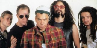 Faith No More com Chuck Mosley