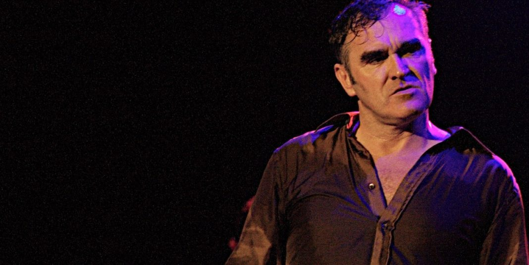 Morrissey defende Kevin Spacey e Harvey Weinstein