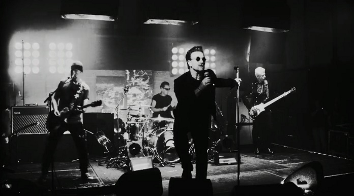 U2 no vídeo de