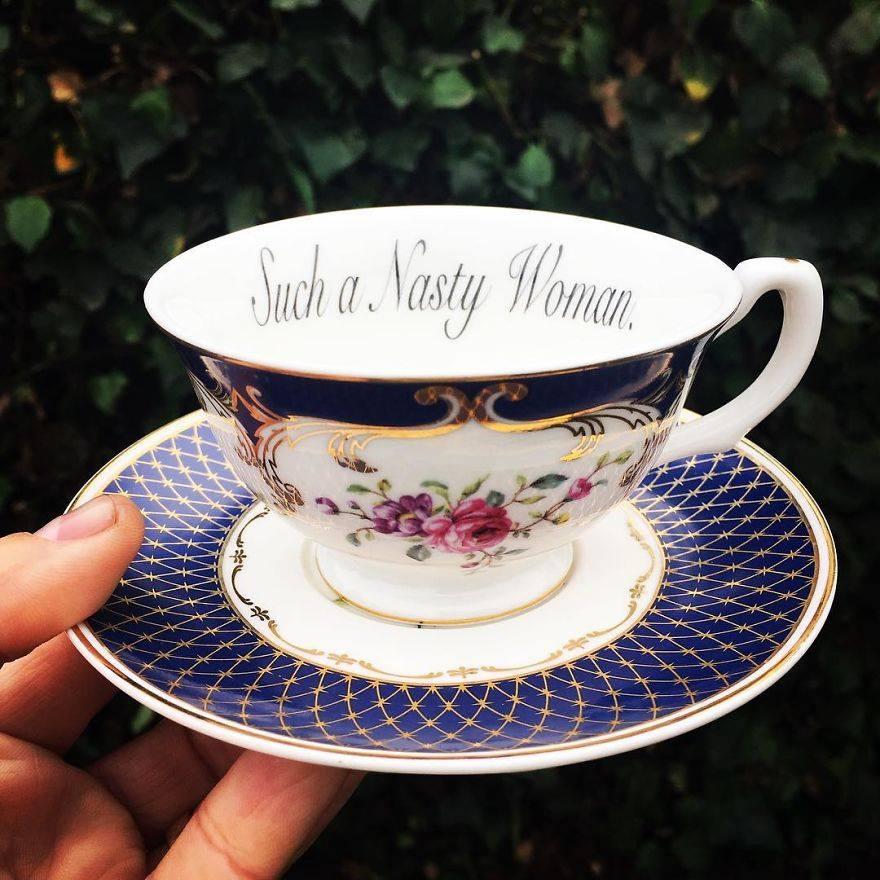 As xícaras de chá ofensivas da Miss Havisham's Curiosities