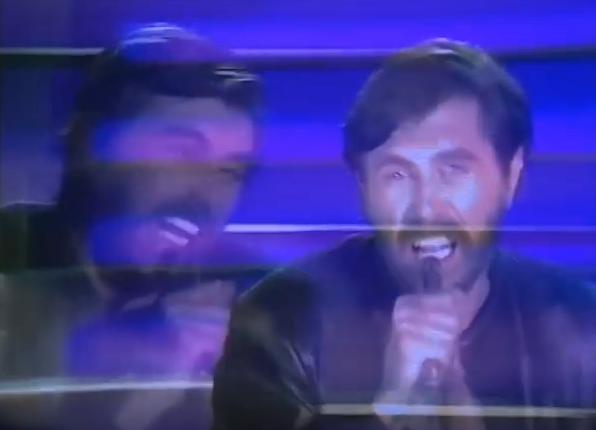 Bryan Ferry, aquele sujeito barbudão, que gravou Velvet Underground