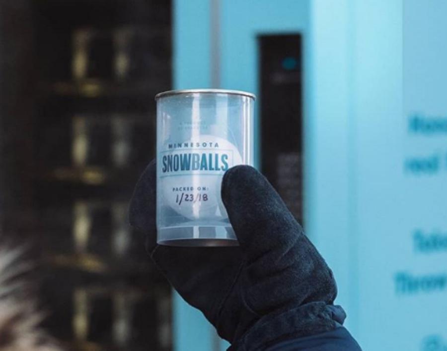 Criaram uma máquina que vende bolas de neve do Minnesota