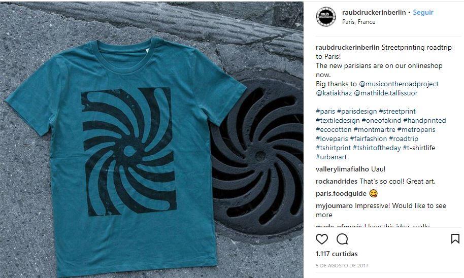 A turma do raubdruckerin cria camisetas e bolsas com estampa de... tampa de bueiro