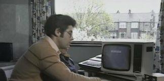 Mandando um e-mail em 1984 (???)
