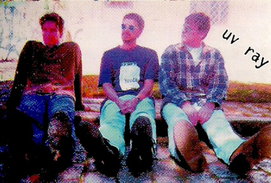 UV Ray: subiram na web material da banda curitibana dos anos 1990