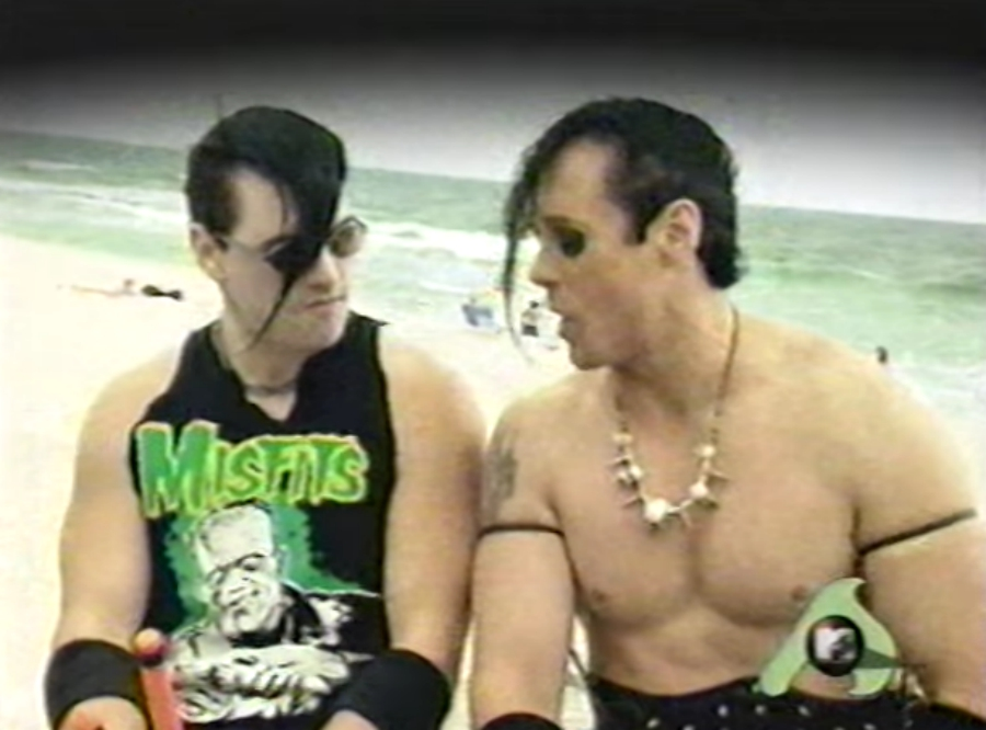 Misfits pegando uma praia na MTV
