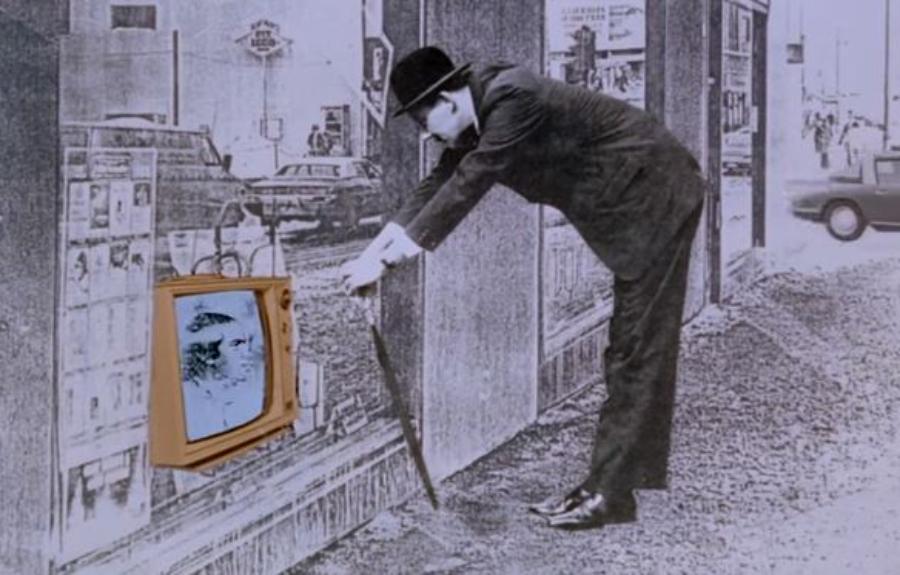 The Bronswik Affair: um filme de 1978 sobre consumismo desenfreado pela televisão