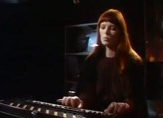Nico lança o disco Desertshore na TV, em 1971